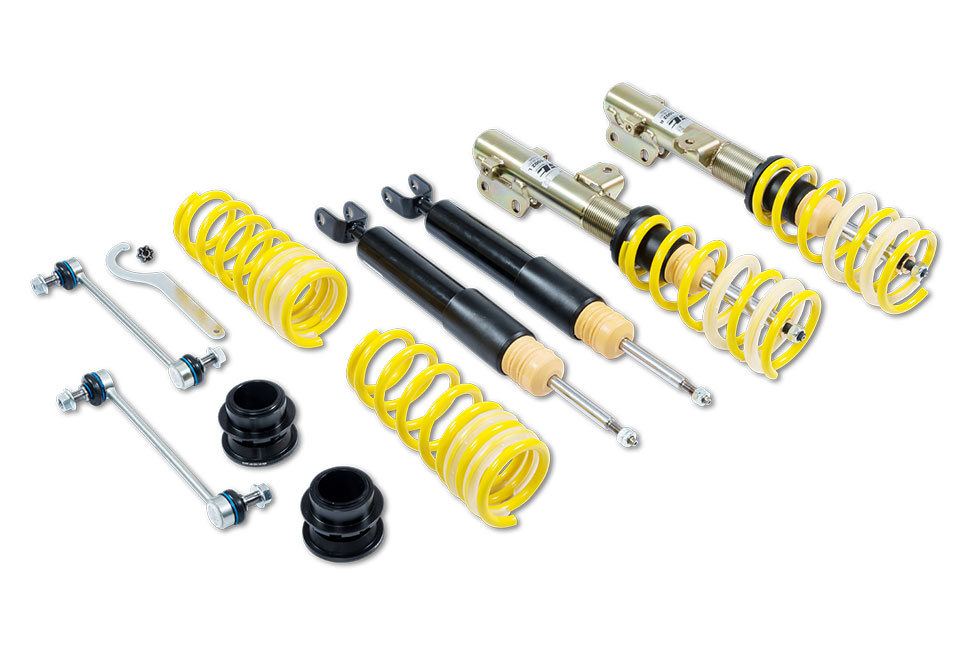 Besides the ST X coilover suspension, ST suspensions also offers the ST XA coilover suspension with adjustable rebound damping for KIA Pro cee'd GT and cee'd (JD).